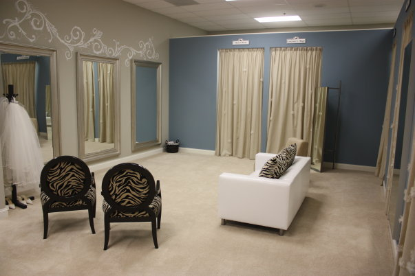 Retail Dressing Rooms Or Changing Areas Curtain Tracks Com