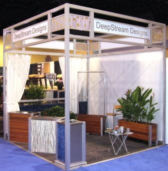 Using Curtain Tracks in Your Trade Show Booth